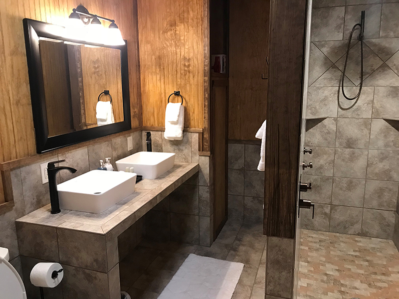 Bathroom at Texas Hunt Lodge