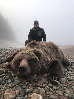 Aaron Bulkley Grizzly Bear Hunt Alaska